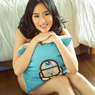 Model Portfolio: Yuri