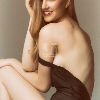 Model Portfolio: Angelica